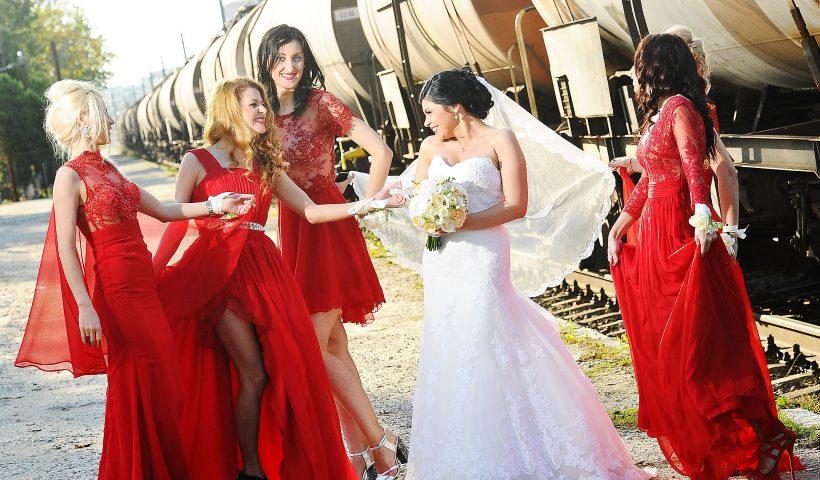 Ce Roluri Au Domnisoarele De Onoare La Nunta Ta Rochii De